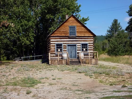 1850's log cabin & Museum